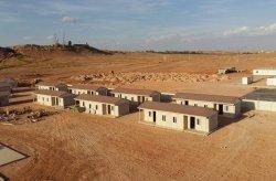 Een geprefabriceerd betaalbaar woningproject in Algerije