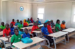 Verplaatsbare school in Nigeria