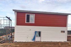 Karmod voltooide een stalen huizenproject in Panama